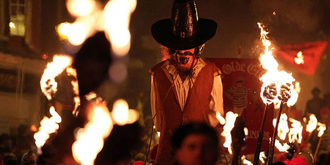 4 November - Guy Fawkes Night in England
