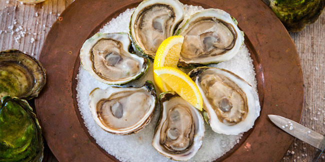 31 March - National Oysters on the Half Shell Day and National Clam Day in USA
