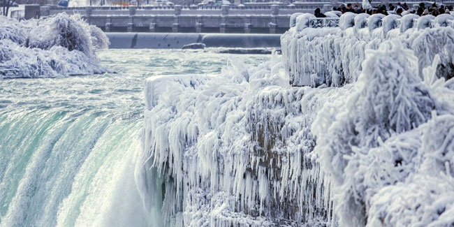 29 March - Niagara Falls Runs Dry Day