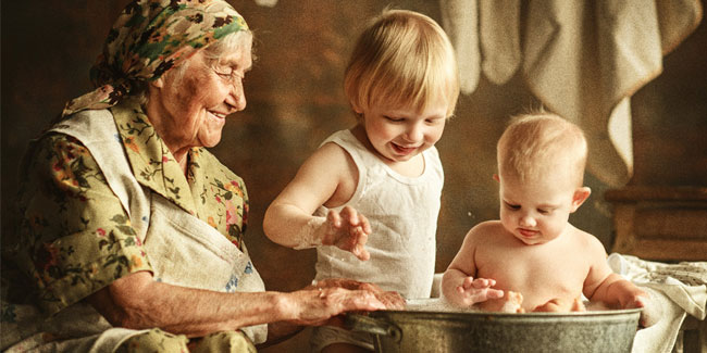 28 October - Grandchildren and grandparents Day in Russia
