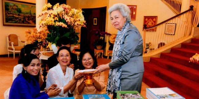 18 June - Queen Mother's Birthday in Cambodia