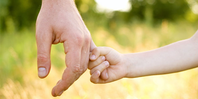 День Отца отмечается во многих странах мира на официальном уровне