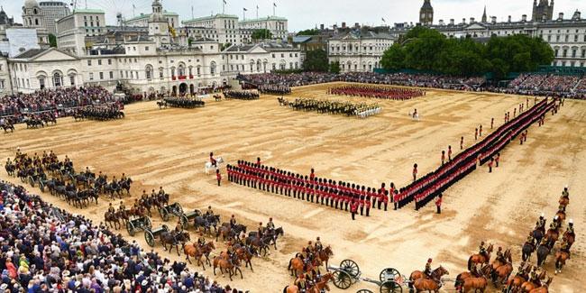 Официальный день рождения Монарха отмечался в субботу в диапазоне между 11 и 17 июня